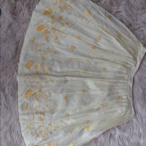 Banana republic skirt floral yellow and white sz 4